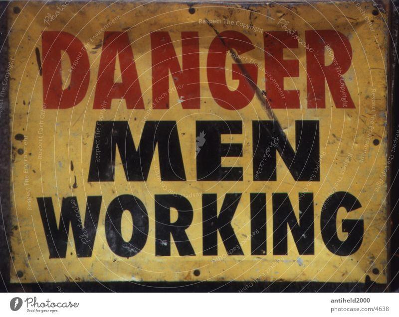 Danger Schilder & Markierungen gefährlich bedrohlich Dinge Amerika Respekt New York City Warnhinweis Englisch