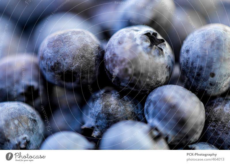 Blaubeeren Gerangel Natur blau Lebensmittel Frucht Ernährung violett Zusammenhalt eng saftig fruchtig Beeren