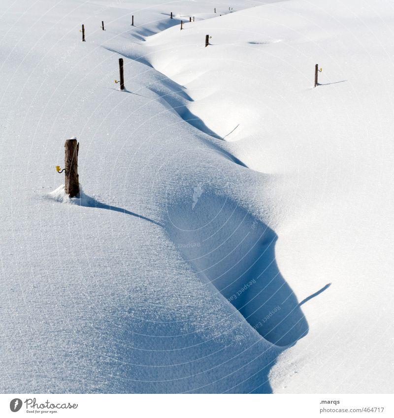 Verschneit Natur schön weiß Einsamkeit Landschaft Winter kalt Umwelt Schnee hell Schönes Wetter Ausflug Bach Holzpfahl Tiefschnee