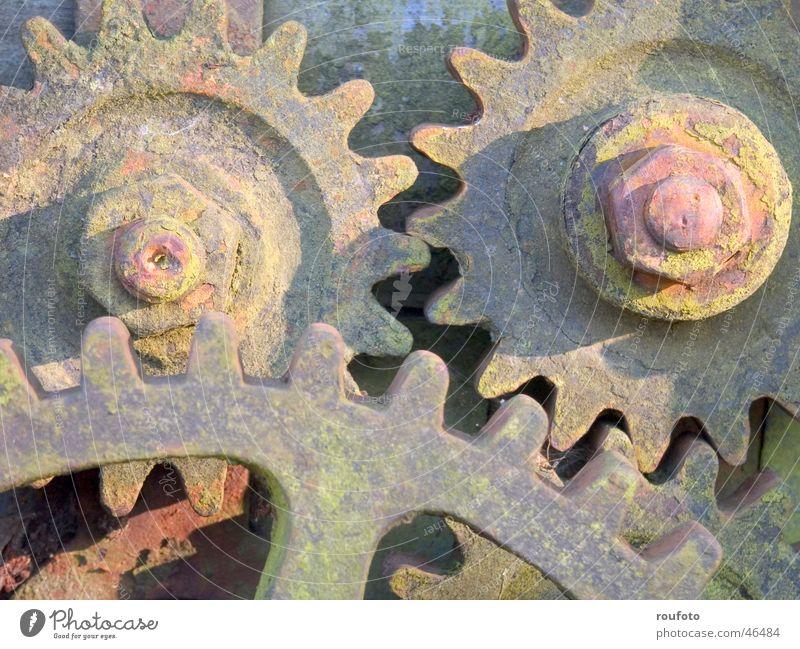 XRQalpha alt Industriefotografie Rost Maschine Werkzeug Gerät Zahnrad Mechanik