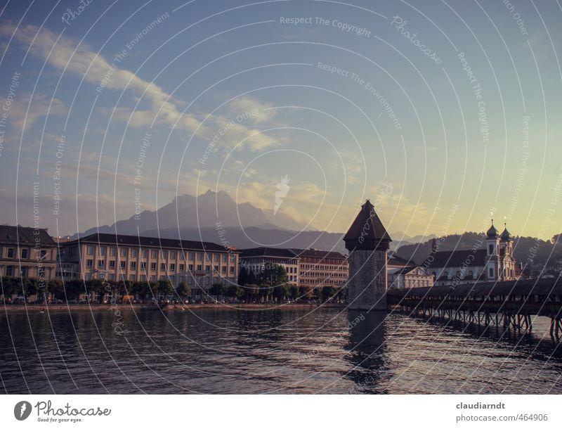 Von Pontius zum Pilatus Wasser Himmel Sonnenaufgang Sonnenuntergang Schönes Wetter Alpen Berge u. Gebirge Seeufer Flussufer Aargau Luzern Schweiz Europa Stadt