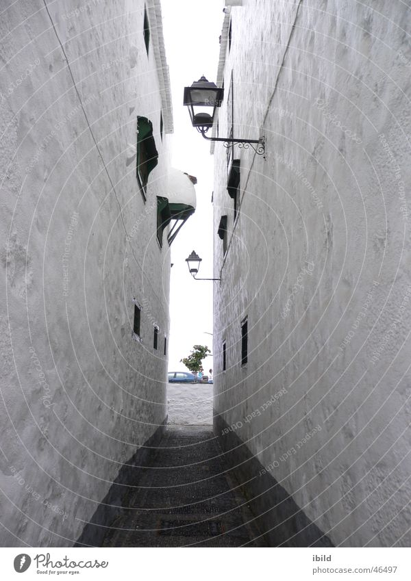 gasse Lampe Wand grau Wege & Pfade Laterne eng Gasse schmal