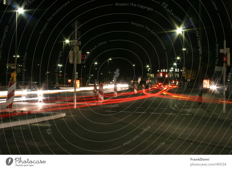 Nachtverkehr Stadt Straße Bewegung Verkehr Stern (Symbol) Baustelle Laterne Ampel Mischung Scheinwerfer Rücklicht Oldenburg
