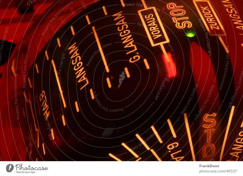 Engine Stop Wasserfahrzeug Kraft stoppen Alkoholisiert Dampfschiff Maschine Schifffahrt Navigation Hälfte zurück langsam Kompass kommandieren Fernschreiber Maschinentelegraf