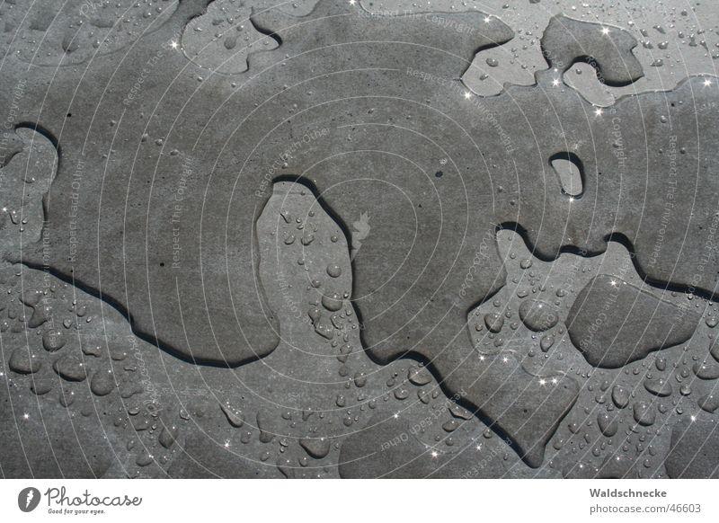 Nach dem Regen.... Wasser Sonne grau glänzend Wassertropfen Denkmal Holocaustgedenkstätte