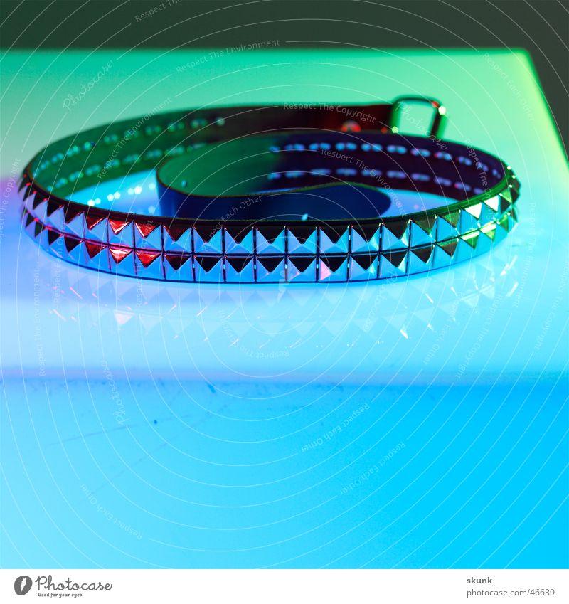 Nietengurt-1- grün blau Spitze Leder Punk Spirale Gürtel Farbübergang