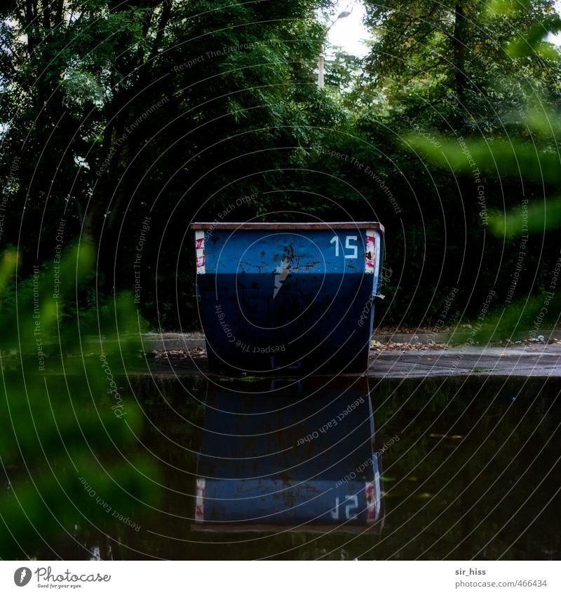 30 Hausbau Renovieren Werkzeug Maschine Wasser Stadt blau braun grün schwarz Demontage Plattenbau Container Bauschutt Reflexion & Spiegelung Hanf Baum 15