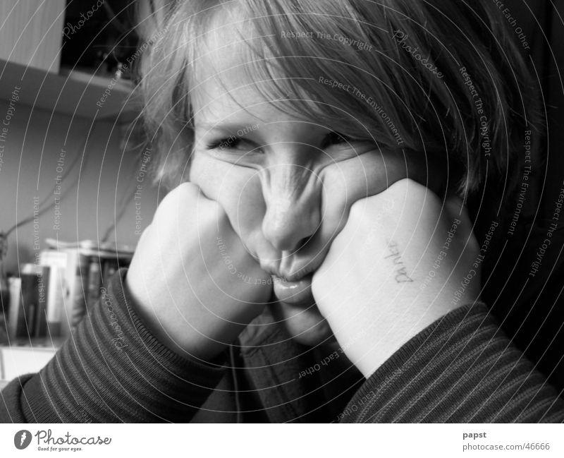 danke - zerknautscht Gefühle böse unfreundlich Frau Mädchen süß Trauer Porträt sauer böse blick sw schwart weiß blicke töten Wut Hass Ärger Blick Auge
