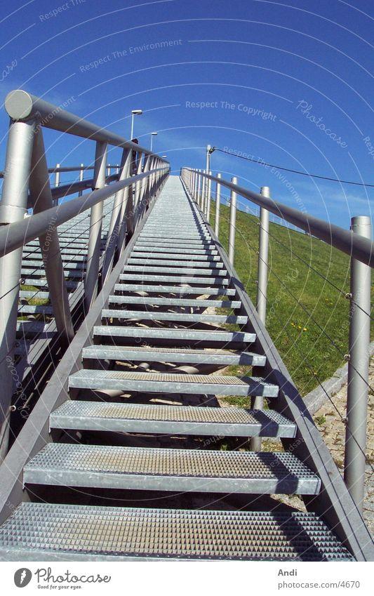 Up 'n Away Sonne laufen hoch Perspektive Treppe Fototechnik