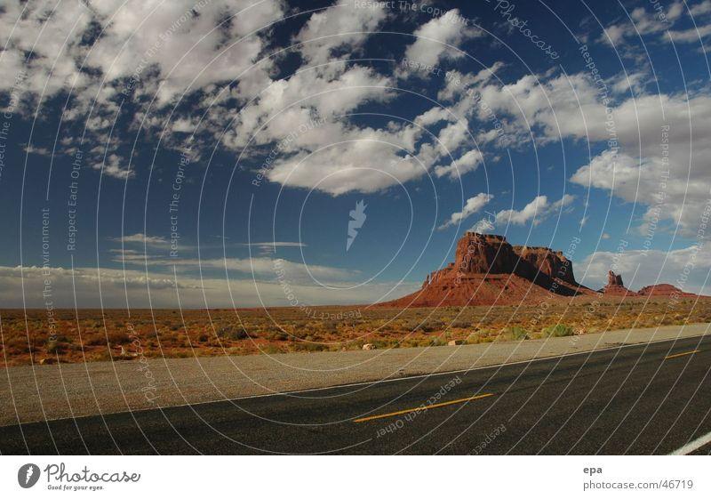 Monument Valley Himmel Ferien & Urlaub & Reisen Wolken Ferne Straße Freiheit Landschaft USA Nationalpark Indianer