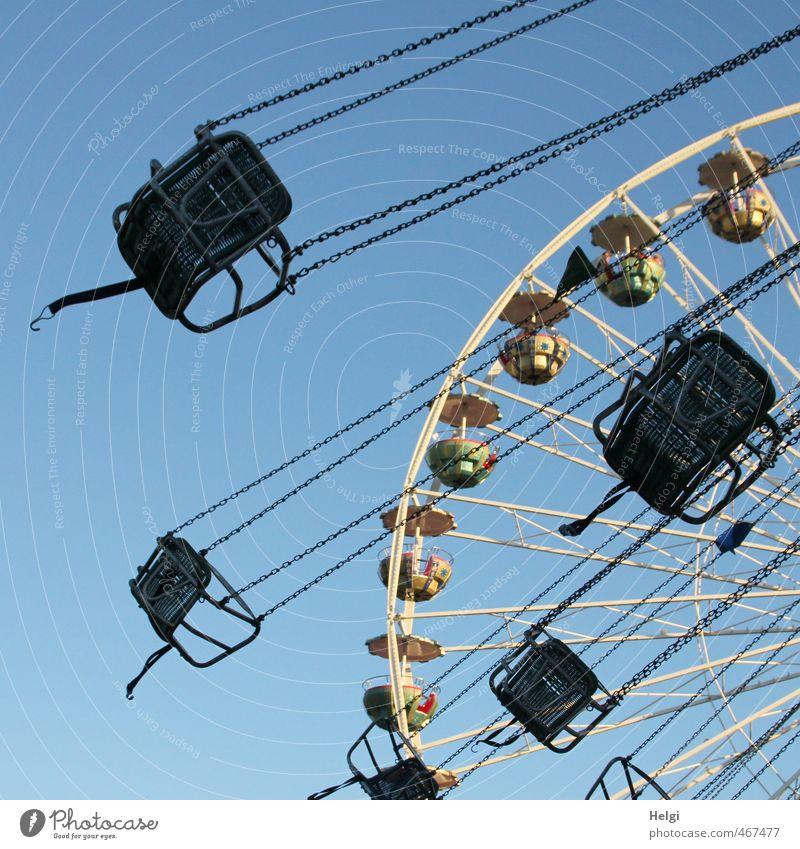 Spaßgesellschaft | es geht rund... blau weiß Sommer Freude Leben Bewegung grau Glück Stimmung Freizeit & Hobby Geschwindigkeit ästhetisch Fröhlichkeit Abenteuer