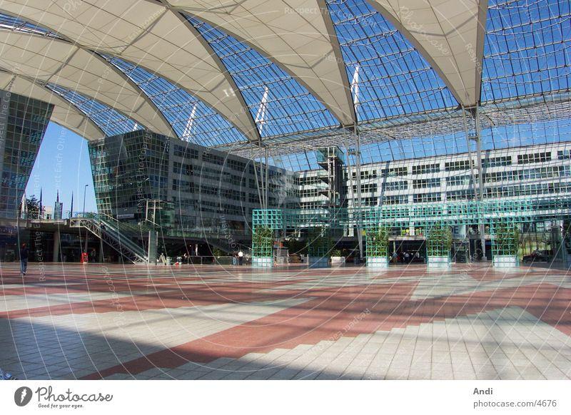 Sonnendeck Totale Himmel Architektur München Bayern Flughafen