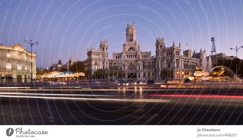 Plaza de la Cibeles Panorama Madrid Spanien Europa Stadt Hauptstadt Stadtzentrum Bauwerk Gebäude Architektur Sehenswürdigkeit Wahrzeichen Straßenverkehr