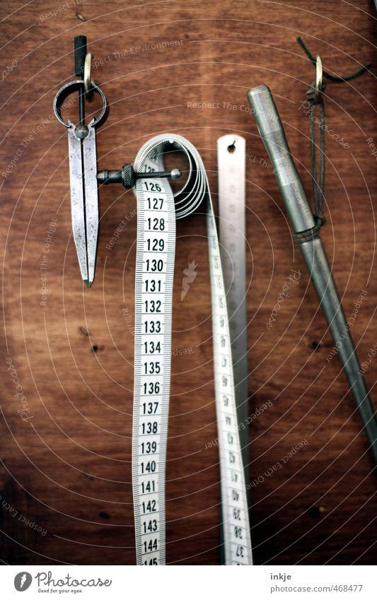 Zeug Freizeit & Hobby Modellbau heimwerken Beruf Handwerker Werkstatt Werkzeug Messinstrument Maßband Zirkel Dinge hängen Spitze braun Gefühle Ordnungsliebe