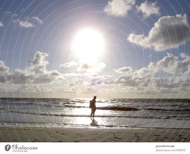 die Erleuchtung Strand Einsamkeit wandern Illumination Gegenlicht Sonne Nordsee
