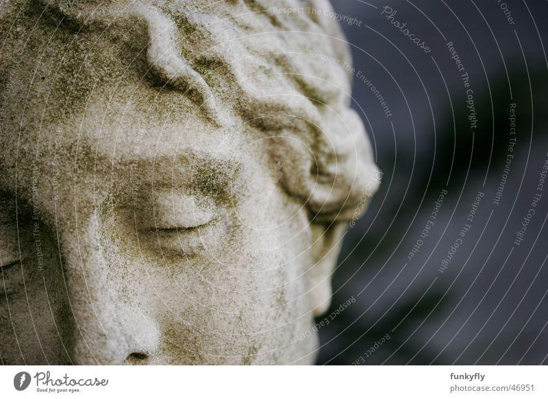 Sleeping Angel Statue Denkmal Angelrute