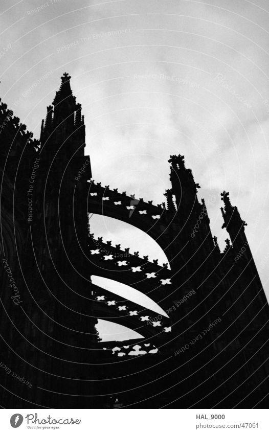 Gothiclich Himmel weiß schwarz dunkel Religion & Glaube Architektur Turm Dom Gotik