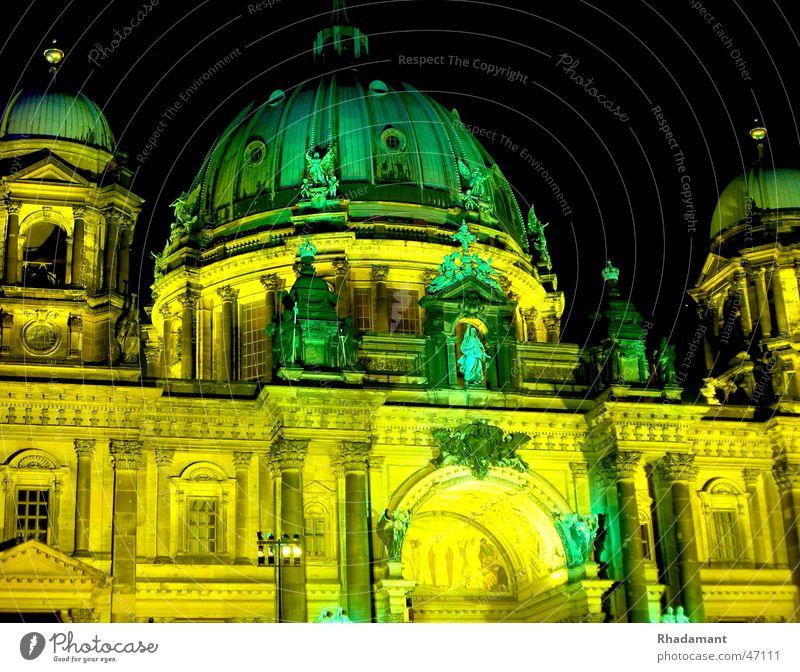 Berliner Dom Beleuchtung Kunst