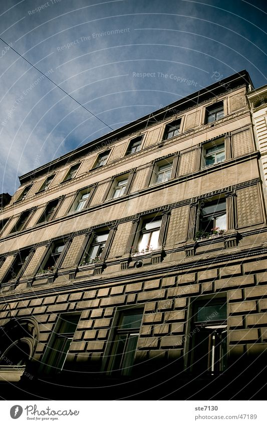 Building in Prague Himmel Fenster Gebäude Stimmung hoch Prag Tschechien