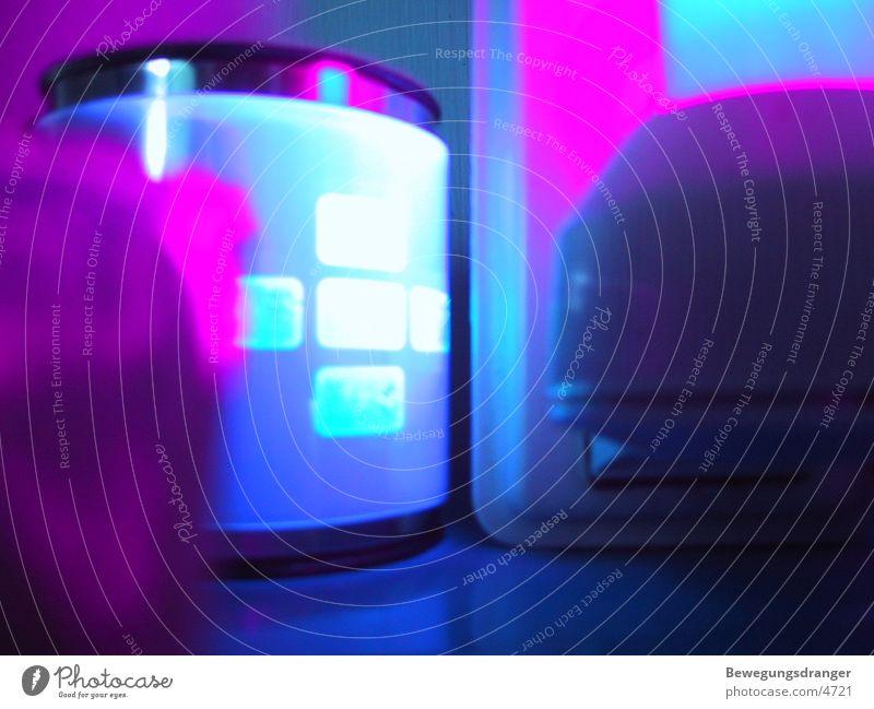 Gegenstaende Armband Schwarzlicht Dinge violett Fototechnik