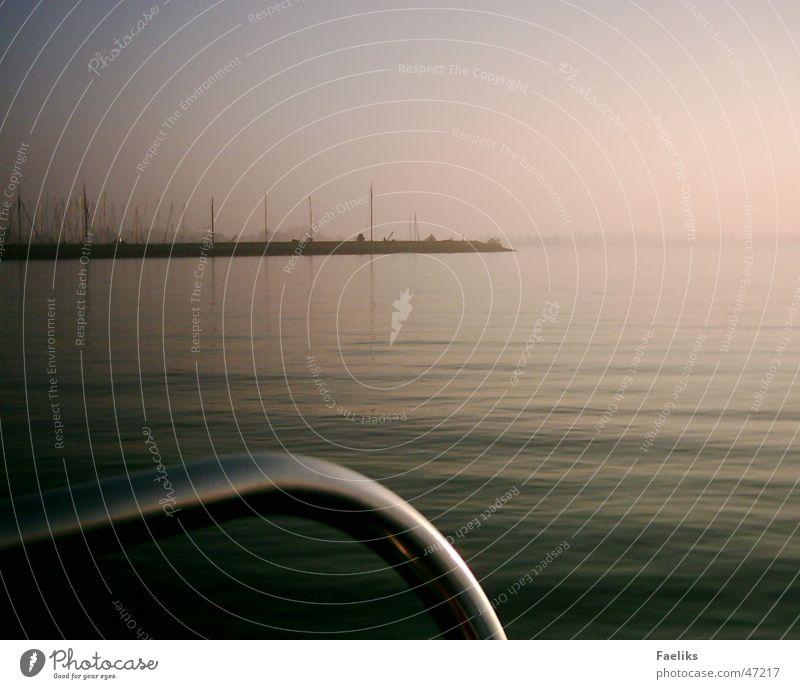 Land in Sicht II Sonne Wellen Wind Hafen Amerika Segeln Schiffsbug Hindeloopen