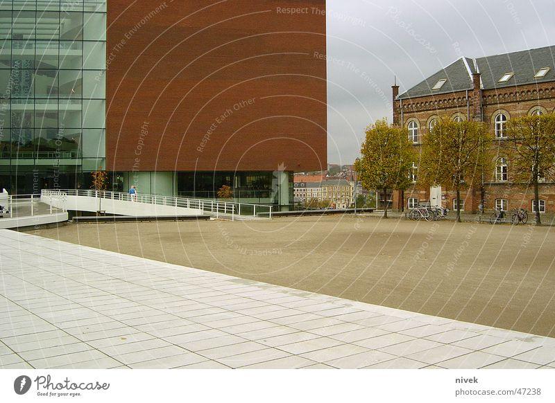 Århus Kunstmuseum, Denmark Haus Backstein Bauweise Platz Museum Dänemark bauen Raum verhältniss Kontrast Architektur