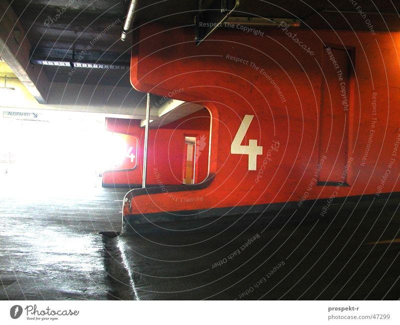 Four hell dunkel PKW Straßenverkehr KFZ 4 Etage parken Parkhaus
