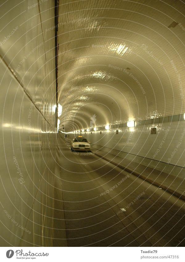 Alter Elbtunnel Hamburg Straße PKW Hamburg Europa Tunnel Taxi Sankt Pauli-Elbtunnel