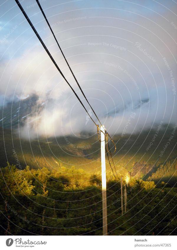 Weg zum Licht Natur Wolken Energiewirtschaft Sonnenenergie Norwegen