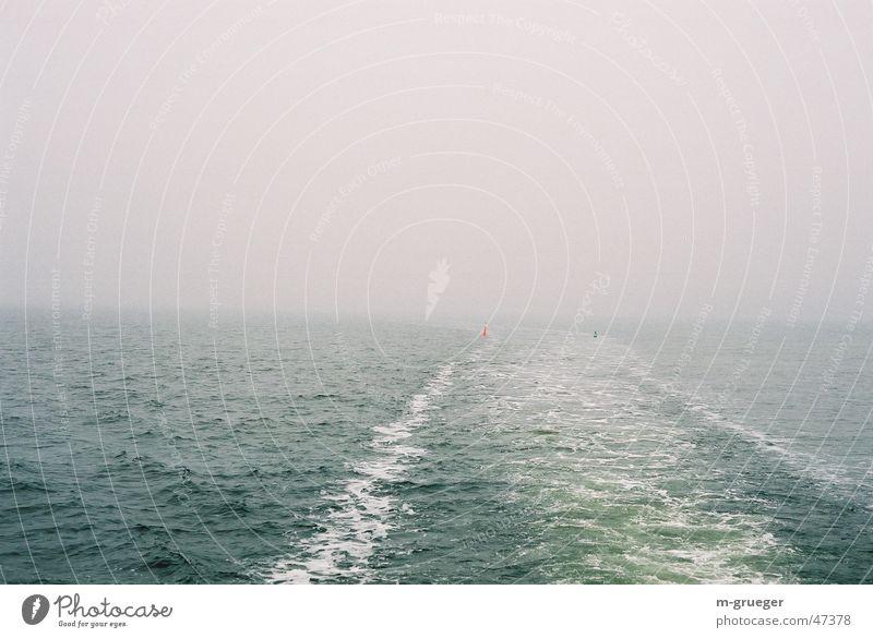 Fahrt nach Hiddensee Nebel Boje Wasserfahrzeug Fähre