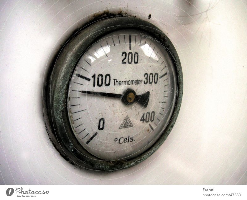 Thermometer alt Zeit Uhr Anzeige Grad Celsius