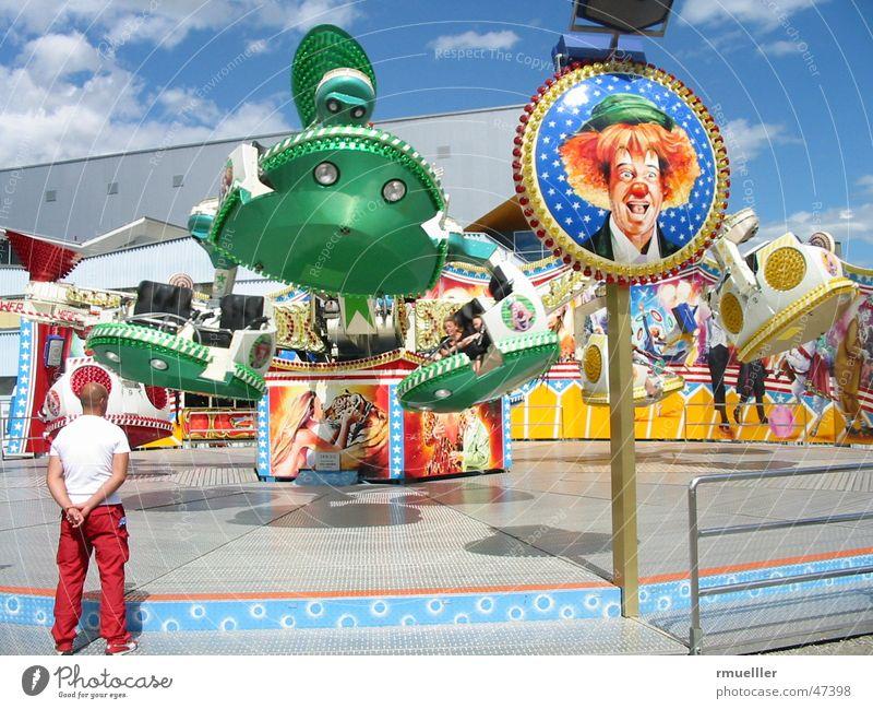 rOUNDaBOUT Jahrmarkt Sommer Freizeit & Hobby Freude Farbe Clown karusell rollercoaster colours fun