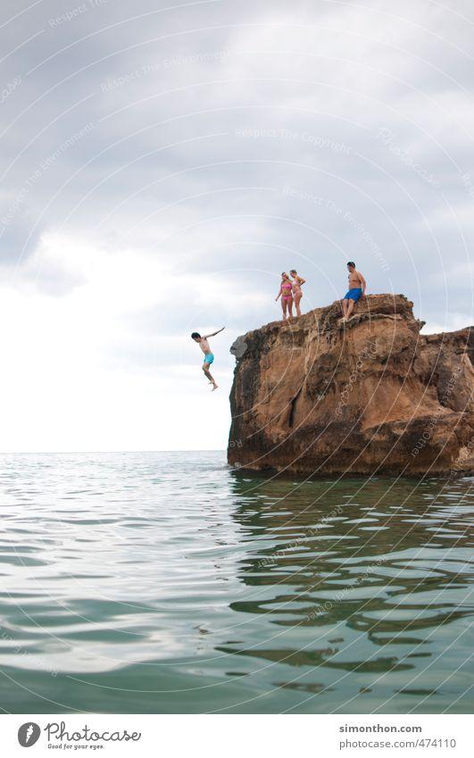 Sprung Ferien & Urlaub & Reisen Tourismus Ausflug Abenteuer Ferne Freiheit Sommer Sommerurlaub Sonne Meer Insel Wellen Konzentration Leben Lebensfreude