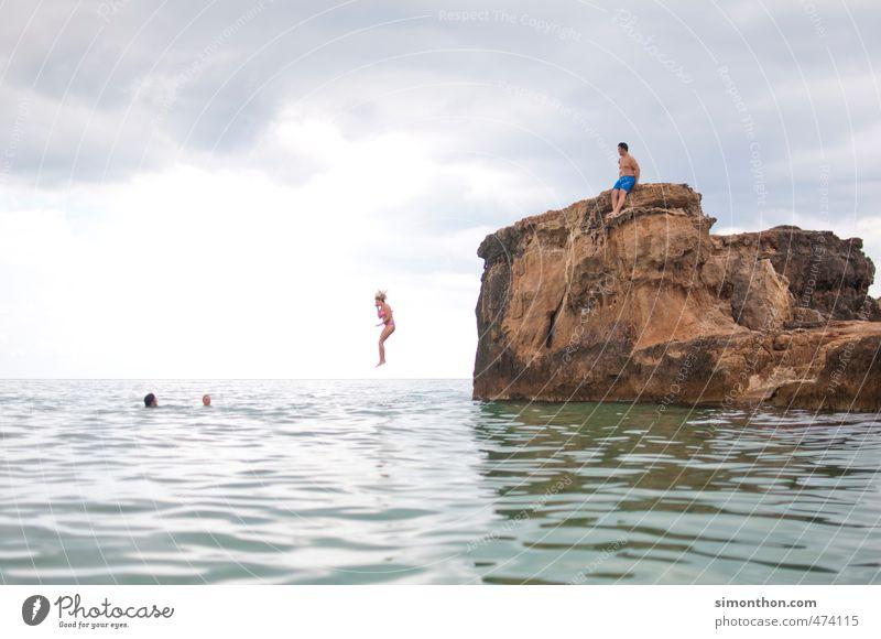 Sprung Schwimmen & Baden Ferien & Urlaub & Reisen Tourismus Ausflug Abenteuer Ferne Freiheit Kreuzfahrt Sommer Sommerurlaub Sonne Meer Insel Angst Bewegung
