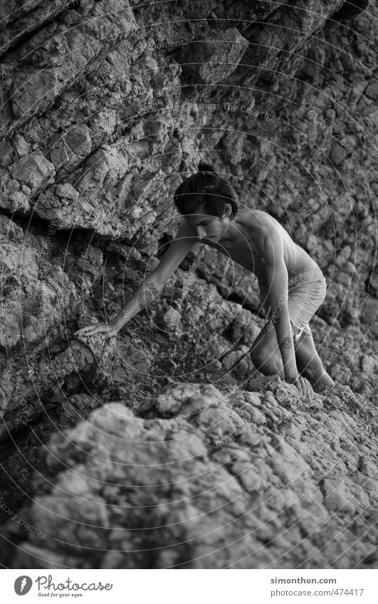 Freeclimbing Natur Ferien & Urlaub & Reisen nackt Berge u. Gebirge Bewegung Sport Küste Freiheit Felsen Kraft Energie Ausflug Fitness Abenteuer Klettern