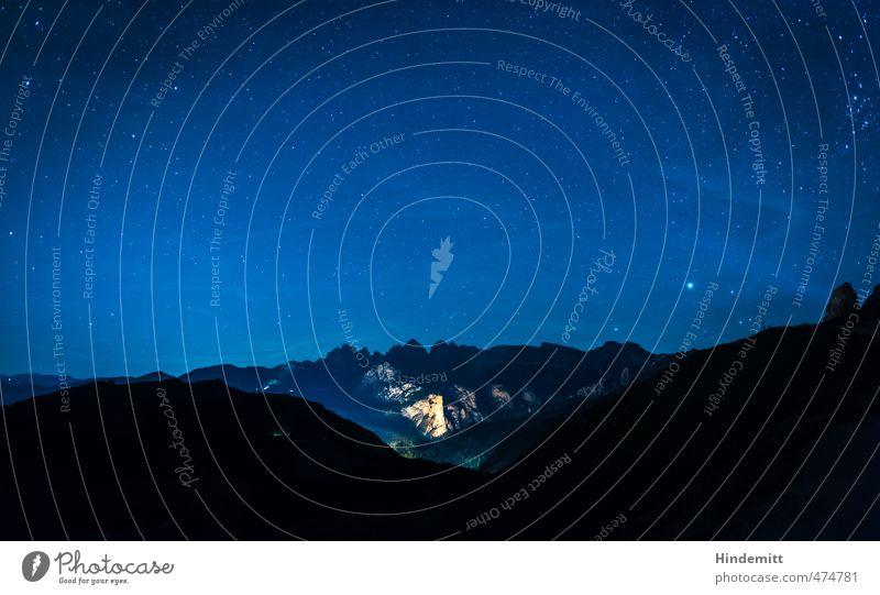 Unterm Sternenzelt (3): Wolkenstein Ferien & Urlaub & Reisen Urelemente Erde Luft Himmel Wolkenloser Himmel Nachthimmel Sommer Schönes Wetter Hügel Felsen Alpen