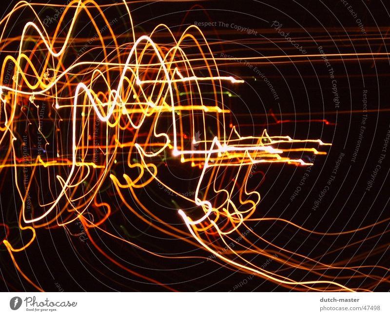 Bahn in der Nacht dunkel Spielen Eisenbahn Belichtung