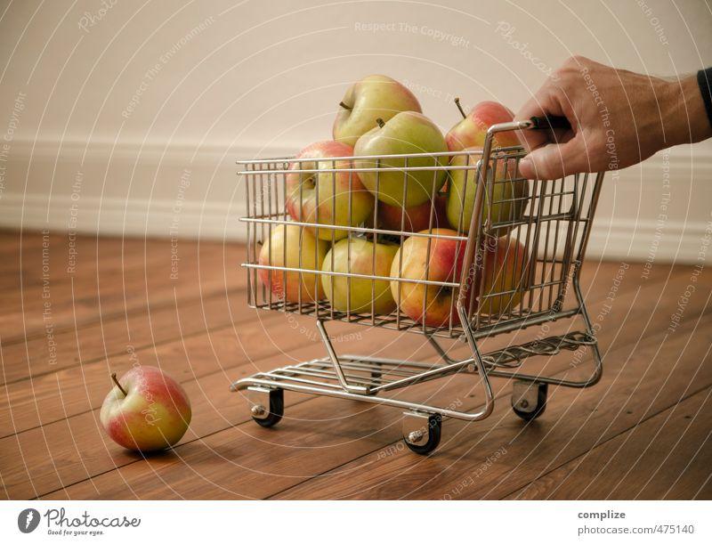 Neulich im Apple-Store Natur Gesunde Ernährung Hand Herbst Essen Gesundheit klein Lebensmittel Wohnung Frucht Raum frisch Arme Haut kaufen