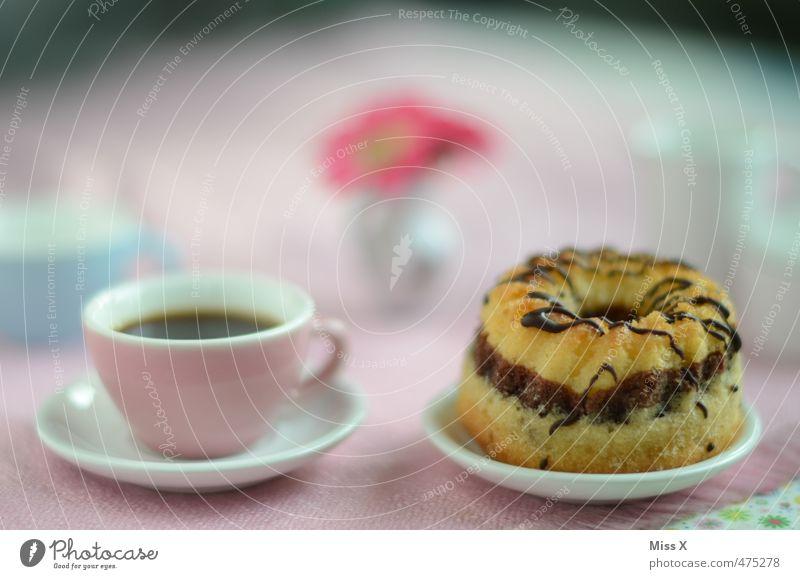 Kaffee und Kuchen Lebensmittel Teigwaren Backwaren Ernährung Heißgetränk Kakao Spielen Kinderspiel Feste & Feiern Muttertag Geburtstag lecker süß Geschirr