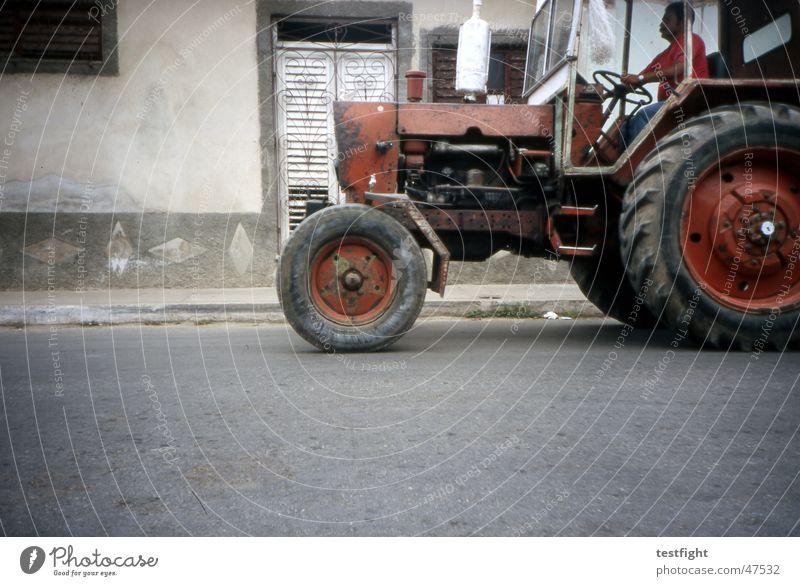 kuba Stadt Straße Kuba Traktor Havanna