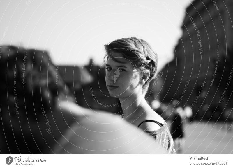 only. Mensch feminin Junge Frau Jugendliche Körper 1 18-30 Jahre Erwachsene Freude beweglich vernünftig Weisheit klug Reue Zukunftsangst Unglaube verstört