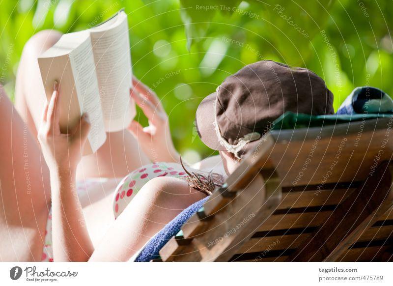 LESEN Frau Natur Ferien & Urlaub & Reisen Erholung ruhig Strand Reisefotografie liegen Idylle Buch lernen Studium Liege lesen Asien Postkarte
