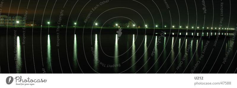 Stromverschwendung Strand Ostsee Sturm Orkan Wirbelsturm Seebrücke Schönberg