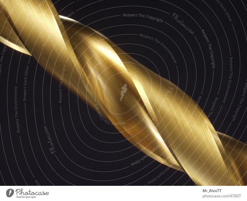 Bohrer bohren diagonal Bohrmaschine gold