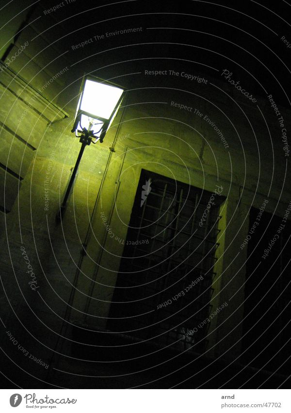 nachtlicht alt grün Haus Straße Lampe dunkel Wand Laterne Wachsamkeit wach Bamberg