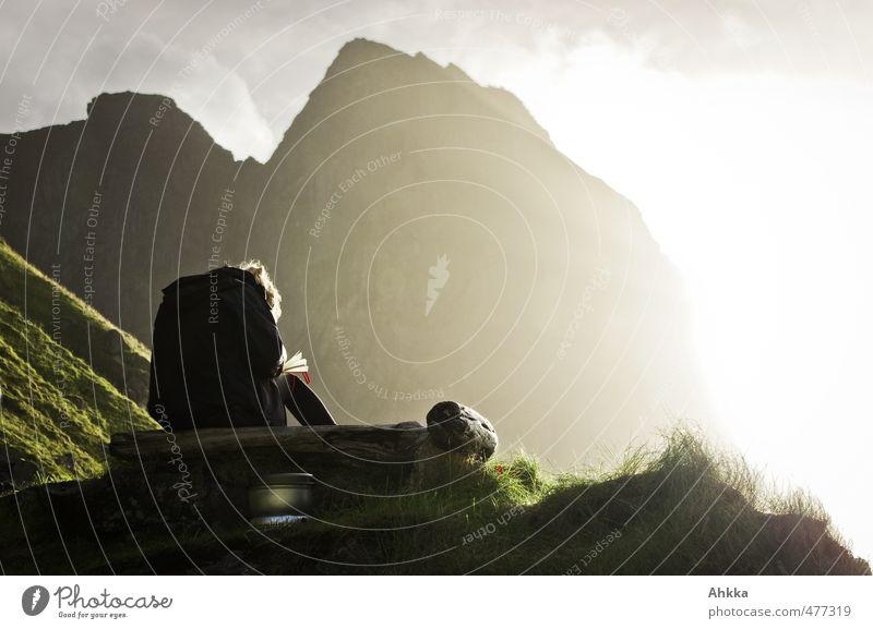 nordfor sola III Natur Ferien & Urlaub & Reisen Erholung ruhig Landschaft Ferne Berge u. Gebirge feminin Gefühle Freiheit Stimmung Zufriedenheit Rücken