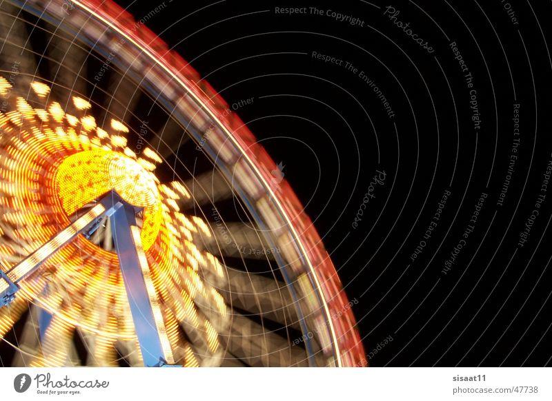 Big wheel keeps on turning Oktoberfest Riesenrad Langzeitbelichtung Licht Nacht München Bayern Fahrgeschäfte Freude