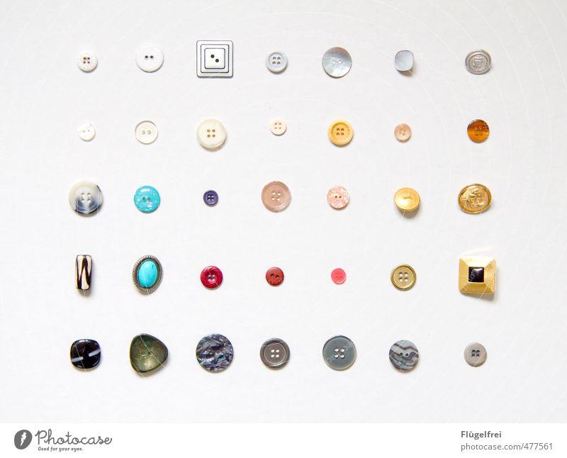o o o Stil Freizeit & Hobby Ordnung rund Handwerk Reihe Sammlung Knöpfe Nähen Handarbeit regenbogenfarben