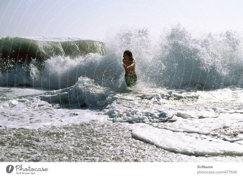 238 [mit der Brandung rennen] Mensch Kind Natur Jugendliche Wasser Sommer Meer Strand Junger Mann Wärme Leben Junge Schwimmen & Baden natürlich Freizeit & Hobby Wellen