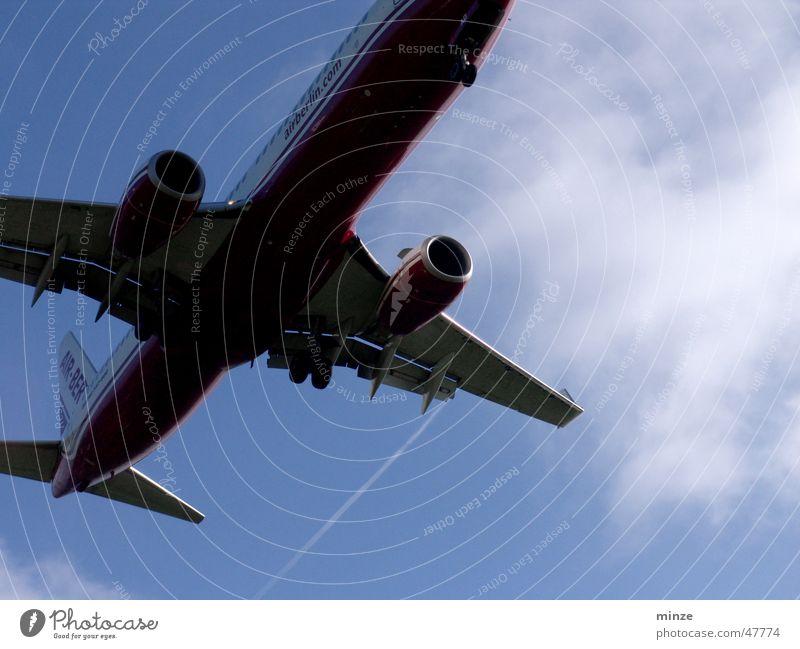 air Ferien & Urlaub & Reisen Flugzeug fliegen Beginn Luftverkehr Flugzeuglandung Pilot Fahrwerk